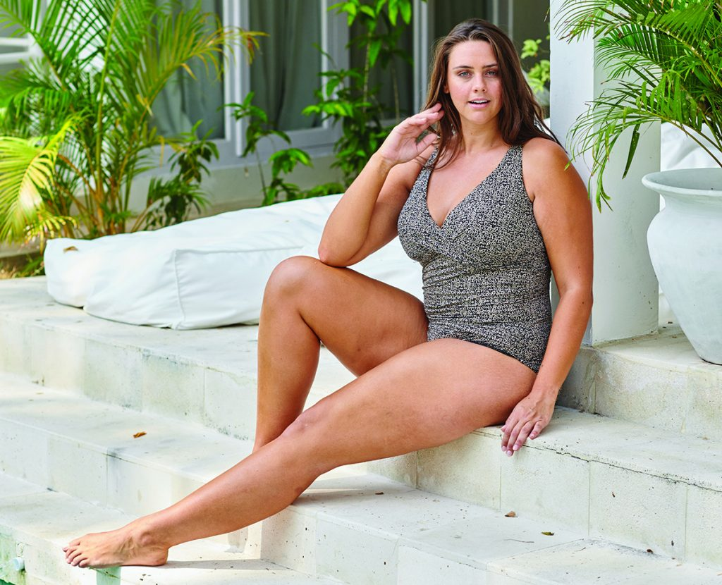 Artesands swimwear for curvy women in Ottawa